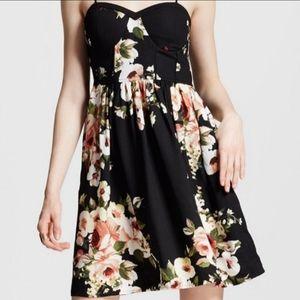 Floral dress *NWT*